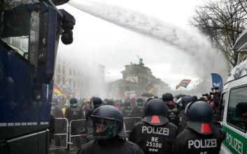 Εγκρίθηκε η αλλαγή νομοθεσίας για την προστασία του πληθυσμού από πανδημίες στη Γερμανία