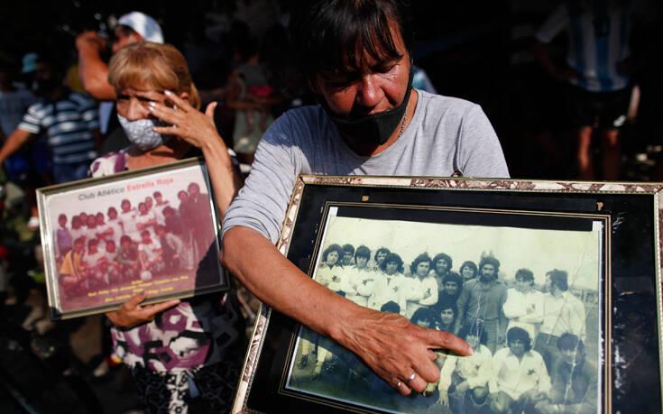 Μαραντόνα: Τόσα ξόδευε τον μήνα για να τηλεφωνεί στην οικογένειά του