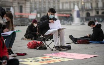 Πάνω από 28.000 τα ημερήσια κρούσματα κορονοϊού στην Ιταλία, 827 οι νεκροί - Περιορίζεται ο δείκτης μετάδοσης Rt