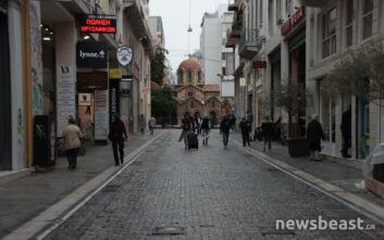 Η εικόνα της Αθήνας μετά τα νέα μέτρα για τον κορονοϊό και το lockdown στην εστίαση