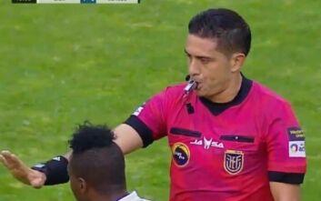 Ισημερινός: Διαιτητής σταμάτησε ματς στο 10ο λεπτό για να τιμήσει τον Μαραντόνα