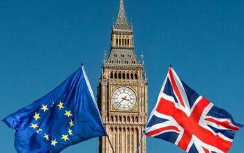 Brexit : Στο τραπέζι του διαλόγου ΕΕ και Βρετανία
