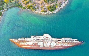 Το εντυπωσιακό ναυάγιο που συνδέεται με το πρώτο δρομολόγιο Πάτρα – Βενετία