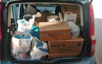 «Καραντίνα - Helpers»: Εθελοντική ομάδα στην Πάτρα πηγαίνει τρόφιμα και φάρμακα σε όσους το έχουν ανάγκη
