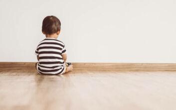Κρήτη: Μητέρα εγκατέλειψε τον 2χρονο γιο της που πάσχει από καρκίνο