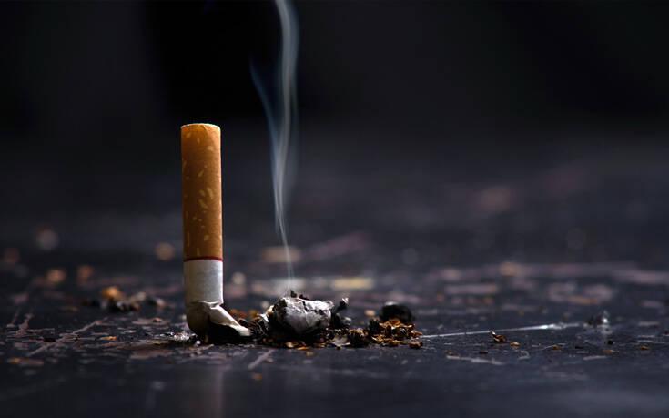 Τι ισχύει τελικά για το κάπνισμα και τον κορονοϊό - Τα συμπεράσματα νέας έρευνας