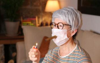 Οι εικόνες παραμορφωμένων ανθρώπων, οι θεωρίες και τα εμβόλια κατά του κορονοϊού