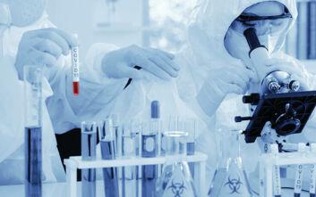 Εμβόλια κορονοϊού: Πώς ξέρουμε ότι είναι ασφαλή, ποιος το αποφασίζει και τι περιέχουν