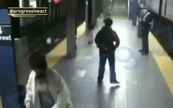 Βίντεο – σοκ με άντρα να σπρώχνει γυναίκα στις γραμμές του τρένου που φτάνει σε δευτερόλεπτα