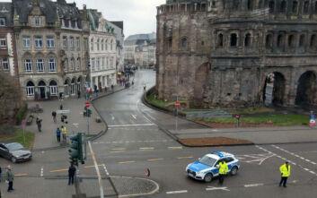 Αυτοκίνητο έπεσε πάνω σε πεζούς στη Γερμανία: Δύο νεκροί - Συγκλονιστικά βίντεο και οι πρώτες εικόνες από το σημείο