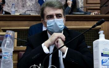 Ανέβηκαν οι τόνοι στη Βουλή - Χρυσοχοΐδης: «Από πότε οι δικηγόροι δεν προσάγονται;»