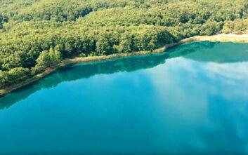 Η μικρή λίμνη των θρύλων στην Ήπειρο