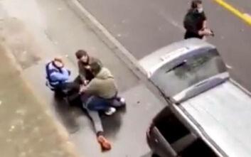 Γερμανός 51 ετών ο οδηγός του αυτοκινήτου που έπεσε πάνω στο πλήθος – Το βίντεο με τη σύλληψή του