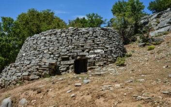 Το εντυπωσιακό οικοδόμημα στην Κρήτη με την ιδιαίτερη αρχιτεκτονική