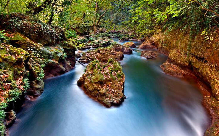 Ο ποταμός που έδωσε το όνομά του σε έναν από τους διασημότερους ελληνικούς χορούς