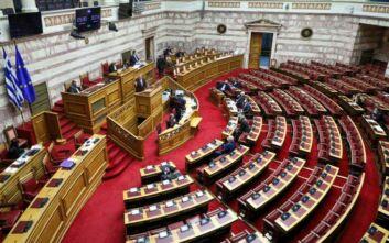 Υπερψηφίστηκε από τη Βουλή το νομοσχέδιο για τον εκσυγχρονισμό των προσλήψεων στο Δημόσιο