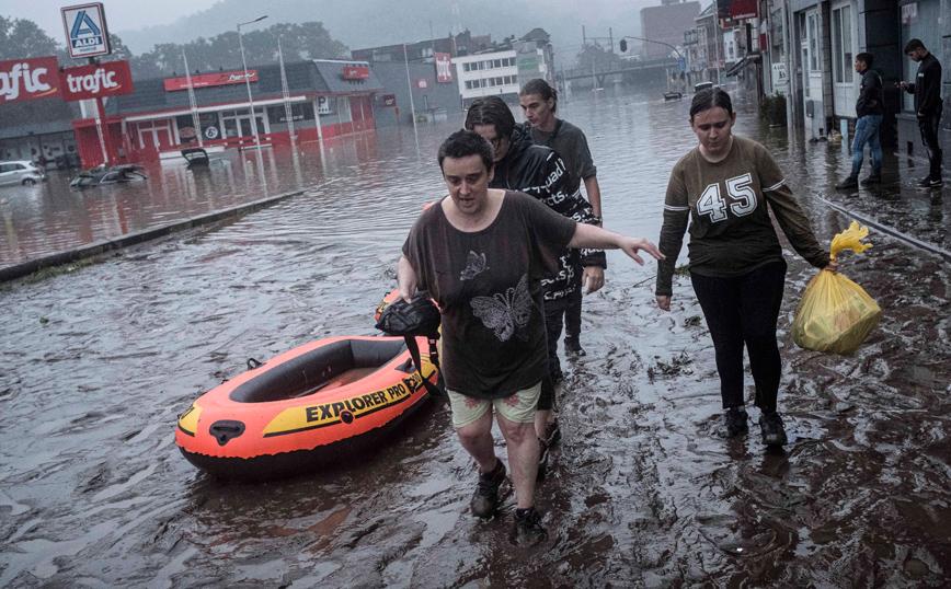 Τουλάχιστον 1.300 οι αγνοούμενοι στη Γερμανία μετά τις πλημμύρες