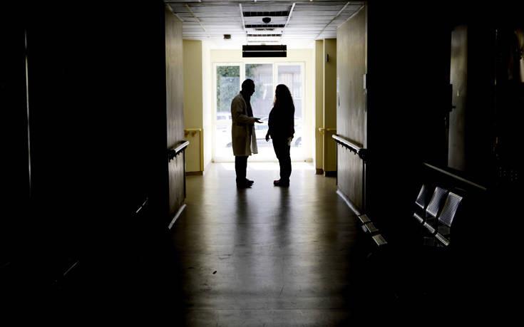 Κινδυνεύει να μείνει με το μισό προσωπικό το νοσοκομείο Χανίων: 400 οι ανεμβολίαστοι εργαζόμενοι