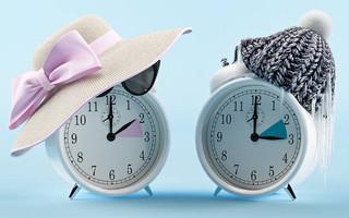 Αλλαγή ώρας 2021: Αυτή την Κυριακή γυρνάμε τα ρολόγια μία ώρα μπροστά