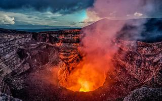 Γουατεμάλα: Σε φάση έκρηξης ξανά το ηφαίστειο Φουέγο