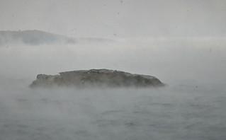 Σπάνιο φαινόμενο που εντυπωσιάζει: Η θάλασσα… αχνίζει στις Κυκλάδες