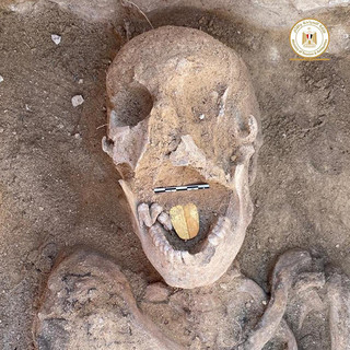 Βρέθηκε μούμια 2.000 ετών με χρυσή γλώσσα για να «συνομιλεί» με τους θεούς