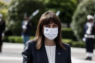 Το μήνυμα Σακελλαροπούλου για το κάπνισμα: Επιλέγω να μην καπνίζω από σήμερα κιόλας