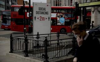 Κορονοϊός: Ρεκόρ κρουσμάτων στη Βρετανία