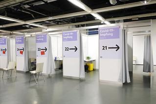 Αυστρία: Τα φαρμακεία της χώρας προσφέρονται να αρχίσουν άμεσα εμβολιασμούς κατά του κορονοϊού