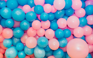 Πώς προέκυψε το μπλε χρώμα για τα αγόρια και το ροζ για τα κορίτσια
