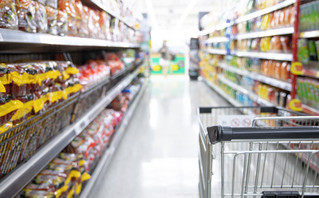 Σούπερ μάρκετ: Αυτό είναι το νέο ωράριο λειτουργίας από Δευτέρα – Αλλαγές και στις αποστάσεις