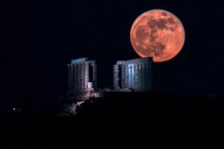 «Φεγγάρι της Φράουλας»: Την Πέμπτη 24/6 η τρίτη και τελευταία υπερπανσέληνος του 2021
