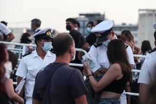Αυξημένη η κίνηση στο λιμάνι του Πειραιά – Εντατικοί έλεγχοι από το Λιμενικό