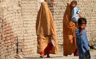 Αφγανιστάν: Οι οκτώ κανόνες των Ταλιμπάν για τις γυναίκες – Η παραβίασή τους τιμωρείται με θάνατο