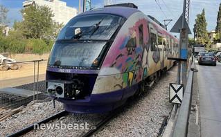 Κάτω Πατήσια: Σύγκρουση τρένου του προαστιακού με αυτοκίνητο (pics)   treno9