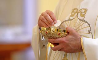 Καθολικός παπάς