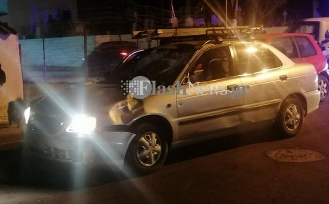 Σοβαρό τροχαίο πριν από λίγο: Δύο άτομα σοβαρά τραυματισμένα[photos]