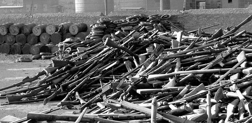 Η Συνθήκη που ανάγκασε τους μπαρουτοκαπνισμένους αντάρτες του ΕΛΑΣ να καταθέσουν τα όπλα